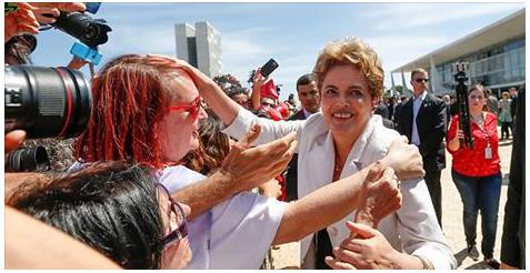 Luisa com Dilma 12-05-2016